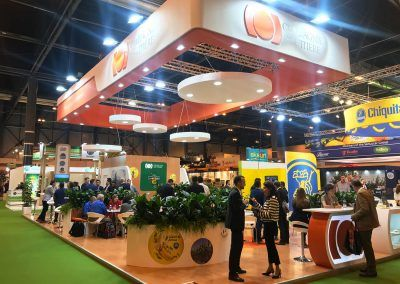 Compagnie Fruitiere stand exterior